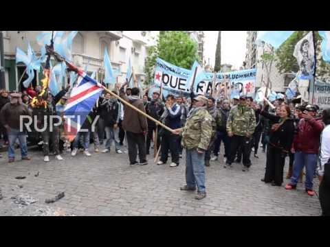 Argentina: Hundreds protest British military exercises in UK-occupied 'Falklands'