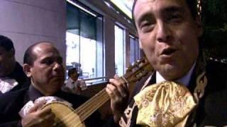 Danny Solis El mejor mariachi de Cúcuta canta -Para Siempre-.wmv