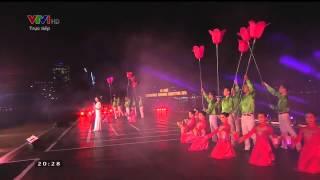 Tình Yêu Đà Nẵng - Phương Linh - Love DaNang - Pháo Hoa Quốc Tế 2015