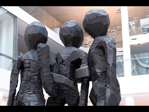 "Georg Baselitz sculpture ""Schwesterngruppe"""