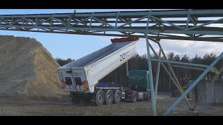 How to operate a tipper - avoid an accident