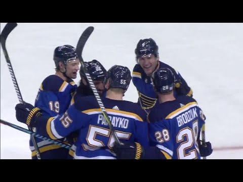 Blues' Upshall finishes of pretty passing play to beat Oilers' Brossoit