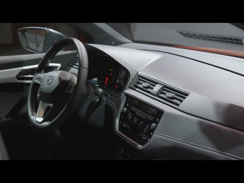 Seat arona 2018 exterior interior official video youtube for Interior seat arona