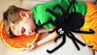 Марк и история с пауком Видео для детей