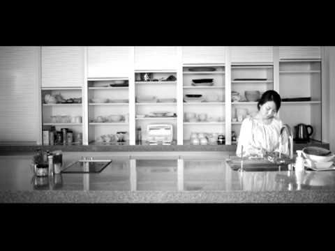 [공식 MV HD] 자두 (jadu) - 2012 대화가 필요해 (Guitalele Ver.).mp4