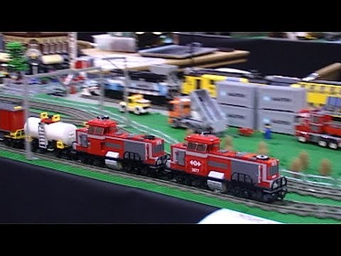 Superlong Lego freight train