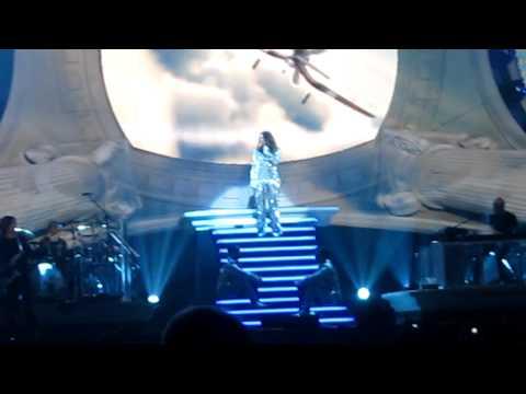 Laura Pausini - Celeste @ Palaottomatica, Inedito World Tour 31/12/2011