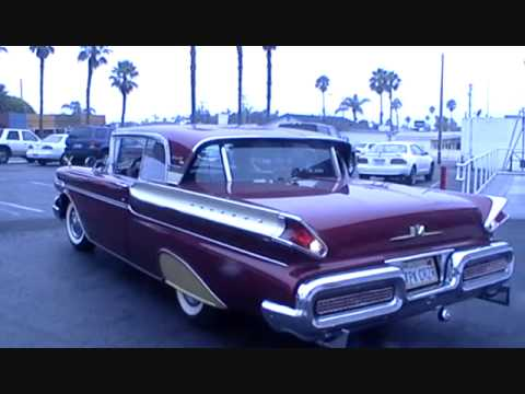Labor Day Weekend Cars cruise the 101 Cafe.wmv