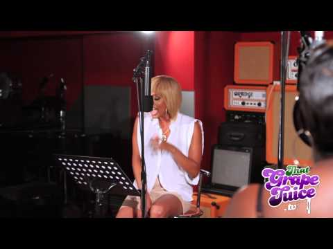 Keri Hilson - All The Boys (Live)