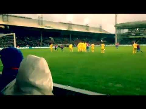 Crystal Palace Fans Celebrate Jedinak Goal Vs Liverpool (3-1) 23/11/14