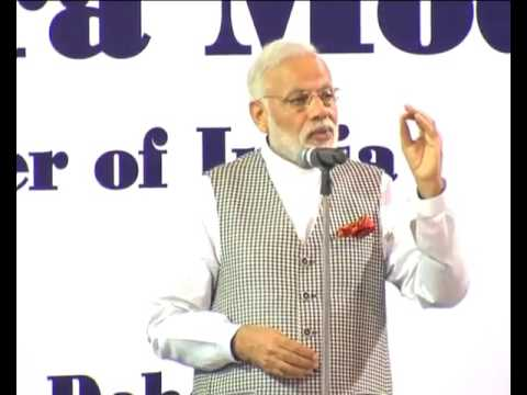 PM Modi Firey Speech on interact with Indian Workers at Workers' Camp in Doha, Qatar