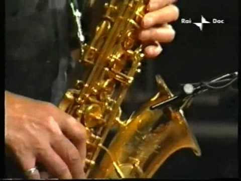Jackie Mclean Quintet - Umbria Jazz 04 - Round Midnight part 1.wmv