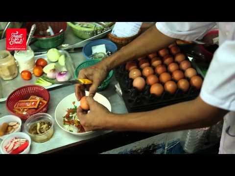 Bangkok Street Food   Thai Masala Omelet With Sausages - Wang Lang Street   Thai Street Food
