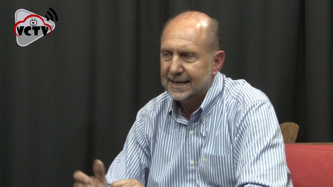 Omar Perotti, en los estudios de Canavese Hnos