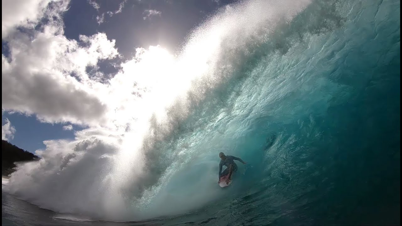 Jamie O'Brien at Pipeline, January 23rd