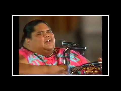 "The Makaha Sons of Ni'ihau - Iolani Palace ""I'll Remember You"" マカハ·サンズ"