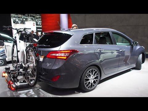 2016 Hyundai i30 Kombi blue 1.6 CRDI Premium 100kW Exterior and Interior Walkaround