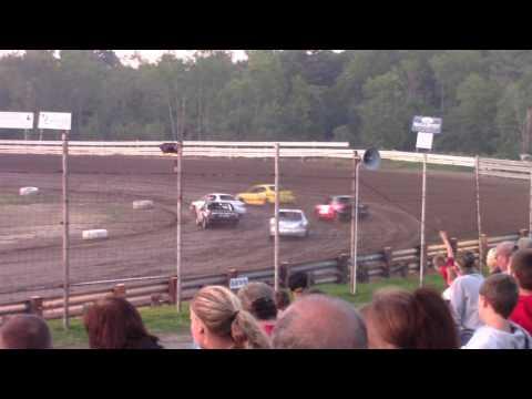 Hummingbird Speedway (6-10-17): Aaron's of DuBois Front-Wheel Drive Four-Cylinder Heat Race #2