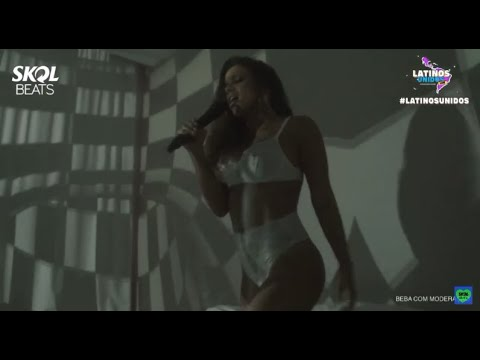Anitta - Poquito By #AnittaLatinosUnidos (LIVE PERFORMANCE)