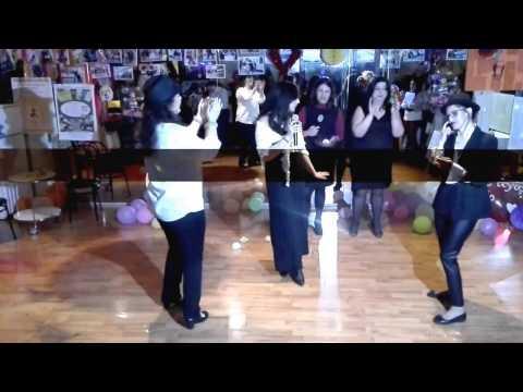 Fun Carnival Dancing 2017 - Pre-Valentine's ΚΑΨΟΥΡΑ Karaoke Party - Σχολή Πετρούπολης