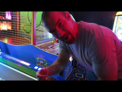 Henderson NV Family Friendly Activities: King Putt Mini Golf, Laser Tag, Arcade