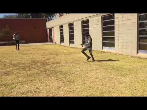 WITS //NEW KIDS FROM THE MINING ENGINEERING PROGRAMME// BRINGING SOME IMAGINARY FOOTBALL.