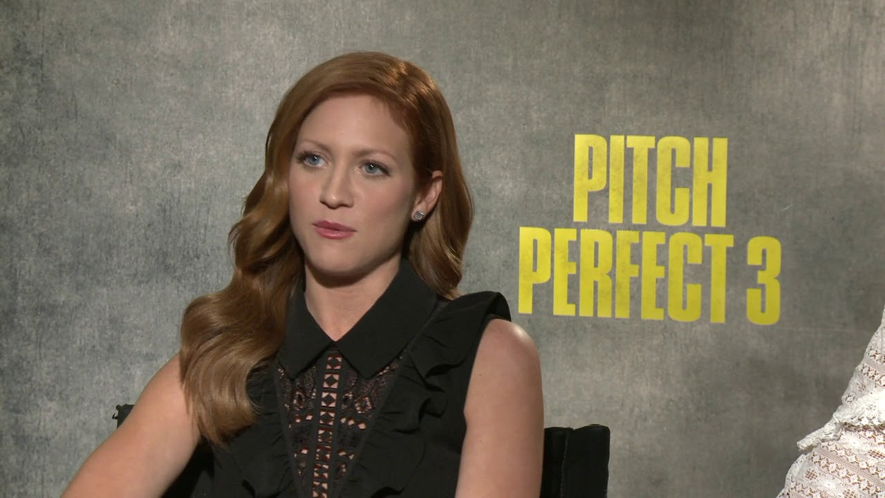 Brittany Snow And Anna Camp Pitch Perfect 3...