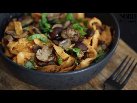 Cremet pastasauce med peberfrugter og paprika med Johanne Mosgaard og Søren Bregendal