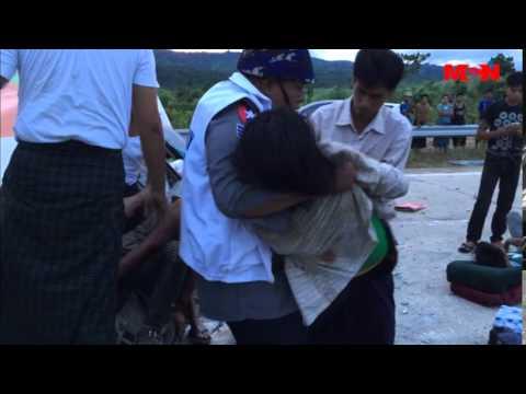 မိုင္တိုင္ ၁၀၅ ေရႊလီဦး ခရီးသည္တင္ယာဥ္ တိမ္းေမွာက္