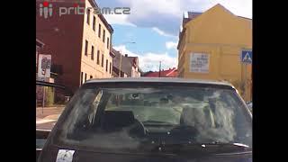 Agresivní řidič v Příbrami