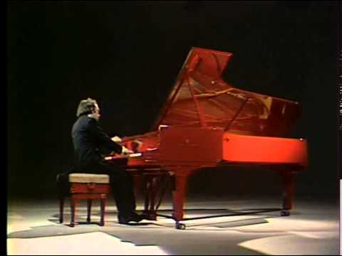 Alexei Nasedkin plays Chopin Nocturne and Polonaise - video 1978