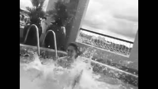 Download Video Sunny Wayne Sexy Bath | Hot Sunny Leone Bath MP3 3GP MP4