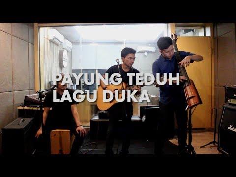Payung Teduh - Lagu Duka Live on 90,8 FM OZ Radio Jakarta