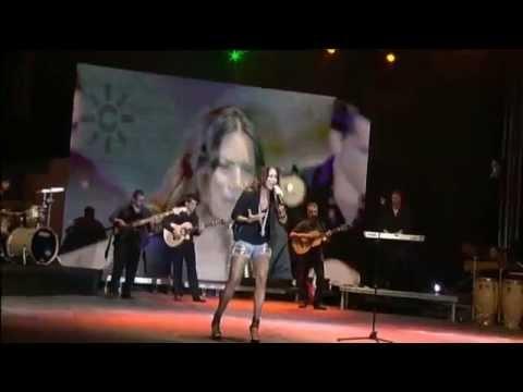 """India Martínez canta """"Vencer al amor"""""""