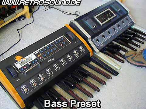moog taurus 3 vs taurus 1 bass pedal synthesizer sound battle youtube. Black Bedroom Furniture Sets. Home Design Ideas