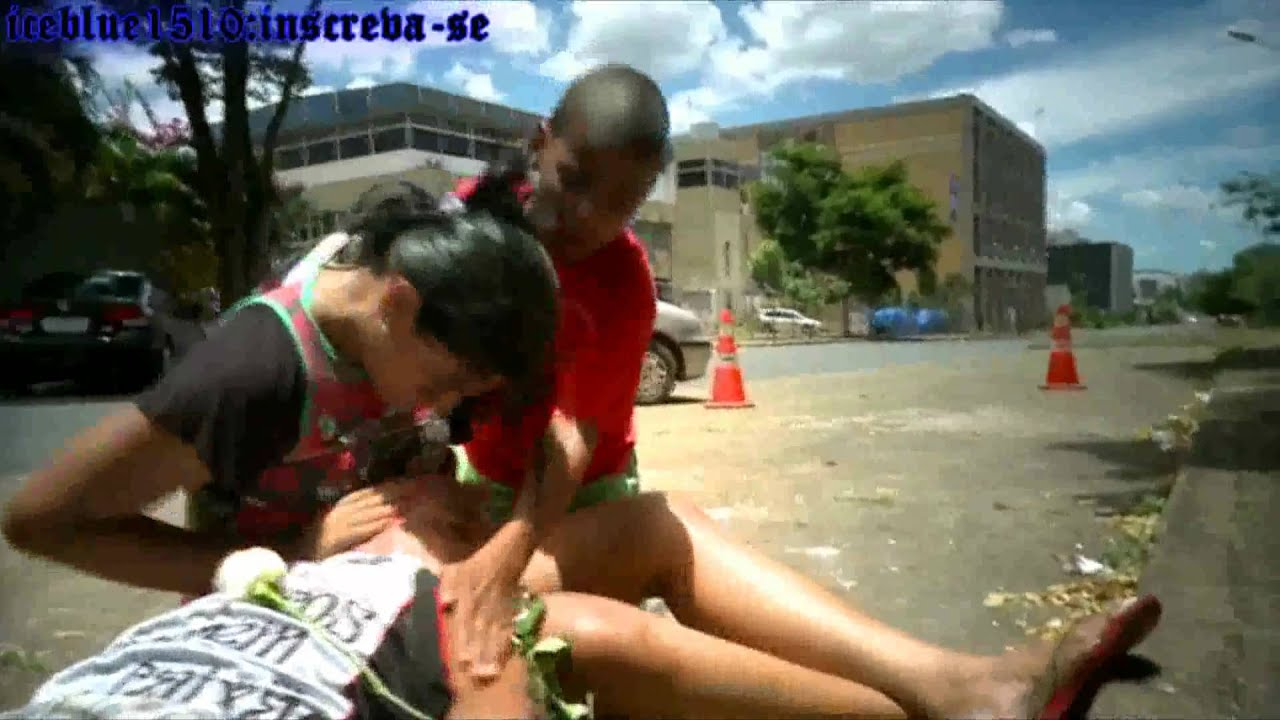 1554c6d76 Atitude Feminina-Enterro Do Neguinho.(videoclip) - YouTube
