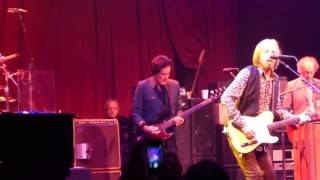 When a Kid Goes Bad  - Tom Petty & The Heartbreakers (live at the Beacon Theatre, June 4, 2013)