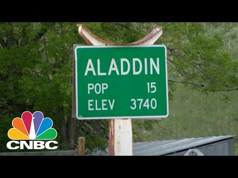 Tiny 15-Person Town In Wyoming Up For Auction | CNBC