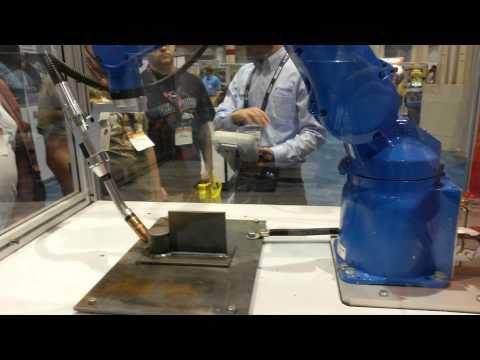 International Manufacturing Technology Show (IMTS): Robot para trabajos de soldadura