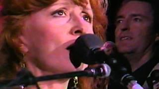 Bonnie Raitt - The Road
