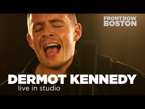 Dermot Kennedy – live in studio