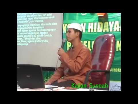 Apa Yang Lebih Sulit Dari Pada Mengislamkan Non Muslim ? - Ustadz Abdul Aziz