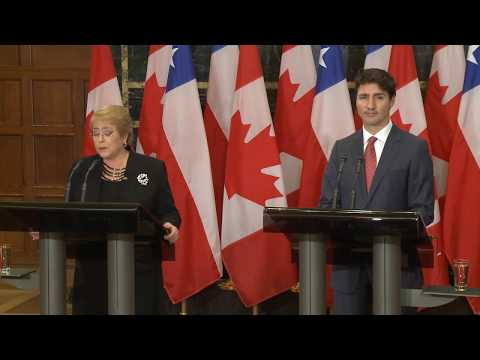 Prime Minister Trudeau and the President of Chile, Michelle Bachelet, deliver joint remarks