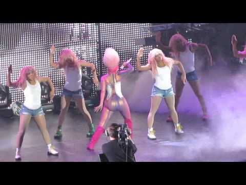 Nicki Minaj Performs Romans Revenge ATL Philips Arena