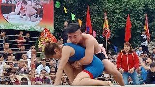 Nam vật nữ-chuyện chắc chỉ có ở Hải Phòng? I (A wrestling match between a girl and two young man)