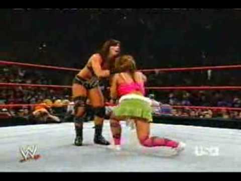 Trish stratus vs victoria women039s championship match - 5 1