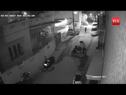 shocking video  men molest girl in bengaluru news  Video   Navbharat Times