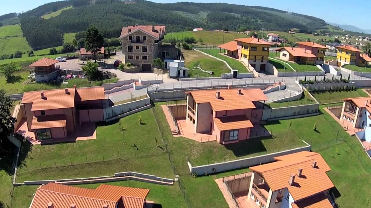 Chalets de lujo en cantabria oru a residencial youtube for Planos de chalets de lujo