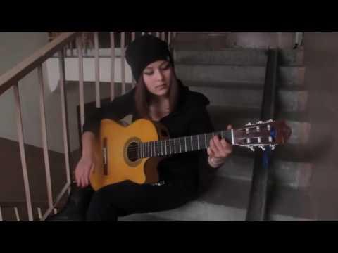 Dünyanın En Güzel Gitar Çalan Kızı!  Ritim + Kız = Mükemmel