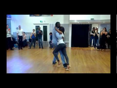 Loony Johnsonso na natal Workshop Magalie&Issa Raca dance Annecy 2014